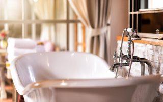 is your bathtub leaching lead